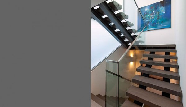 Lovely-staircase-connects-various-levels-of-the-house-and-the-garage