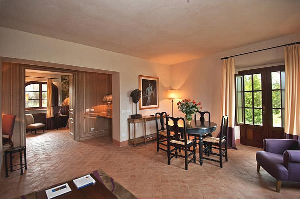 Luxury-Castel-Monastero1