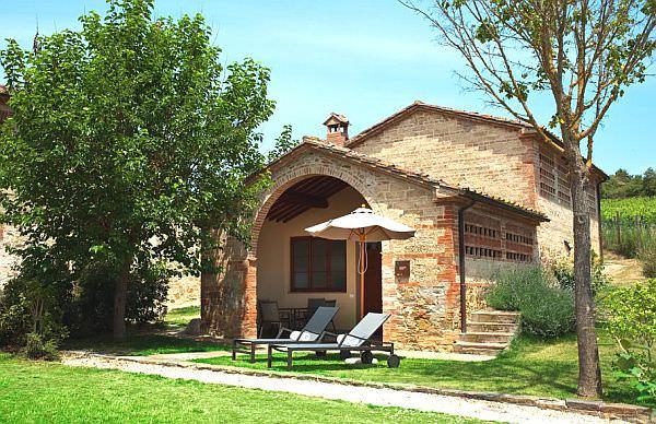 Luxury-Castel-Monastero12
