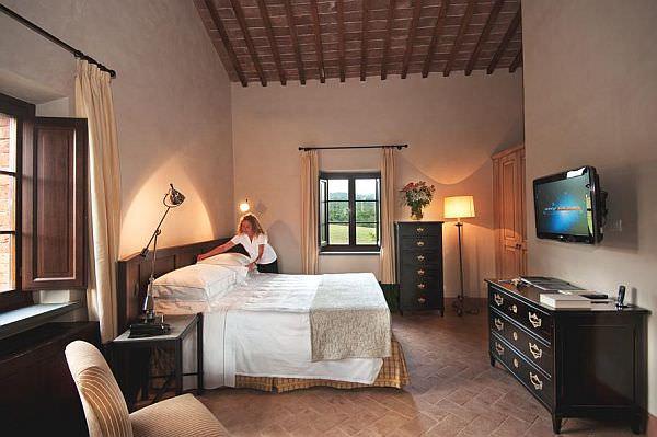 Luxury-Castel-Monastero2