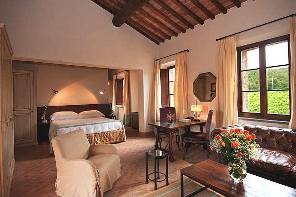 Luxury-Castel-Monastero3