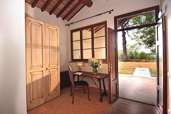 Luxury-Castel-Monastero5