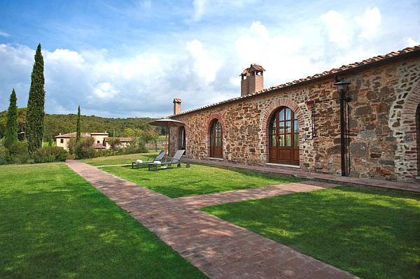 Luxury-Castel-Monastero7