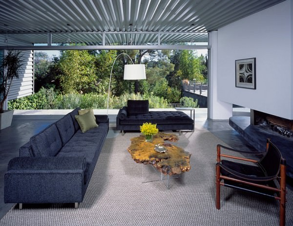 Midcentury-modern-living-room-with-a-masculine-color-scheme