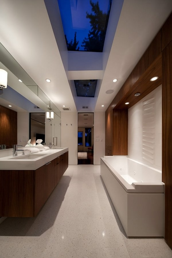 Midcentury-modern-master-bath-with-fabulous-use-of-skylights