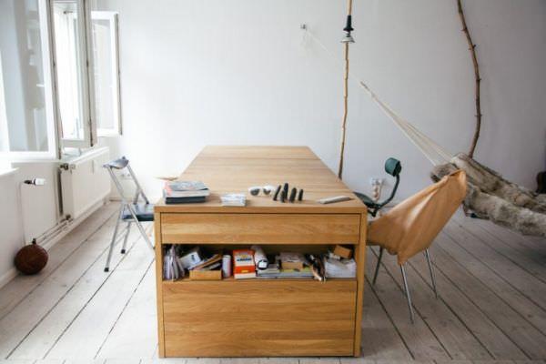 Mira-Schroder-Desk-design