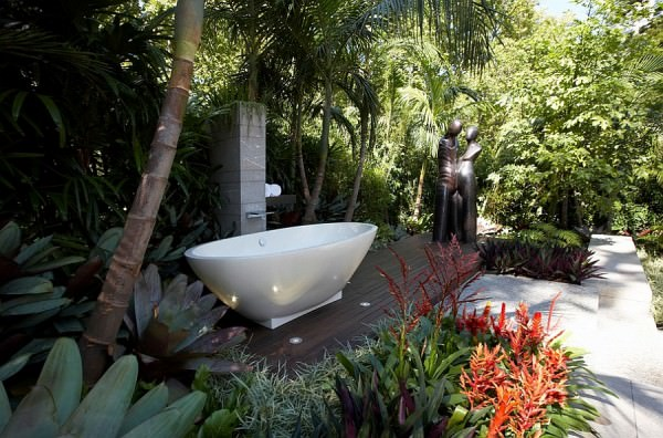Outdoor-bathroom-with-shower-and-bathtub