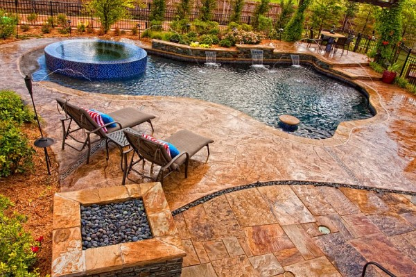 Pool-deck-in-stamped-concrete-with-slate-skin-pattern-looks-amazing