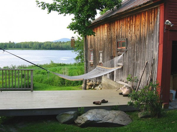 Rustic-getaway-perfect-for-a-lazy-summer-afternoon