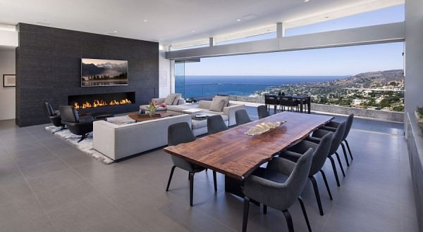Stunning-living-area-with-terrace-and-view-of-the-distant-beach
