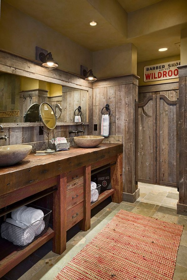 Swinging-saloon-doors-for-the-stylish-rustic-bathroom