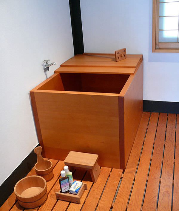 another-japanese-bathtub