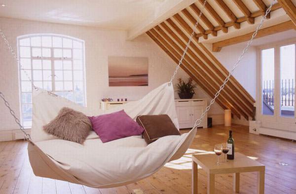 attic_room_02