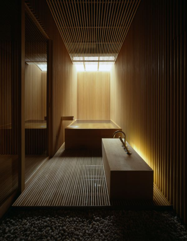 bai de lemn 2