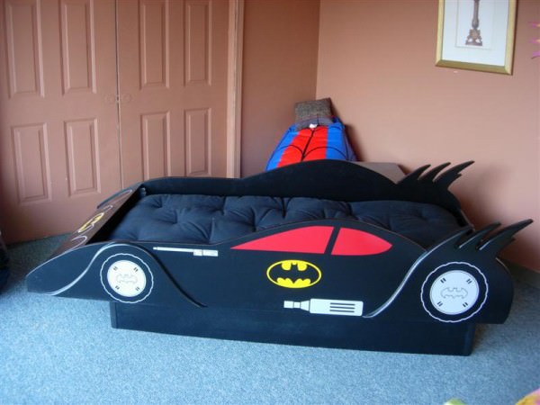 batman-kids-room-batmobile-black
