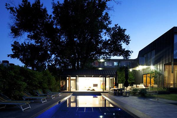 casa cu piscina 10