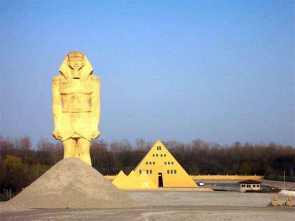 case-arhitectura-ciudata-inedita-din-lume (9)