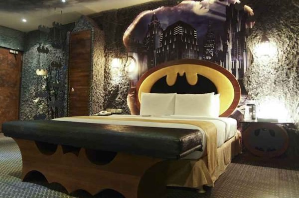 cave-batman-interior-design