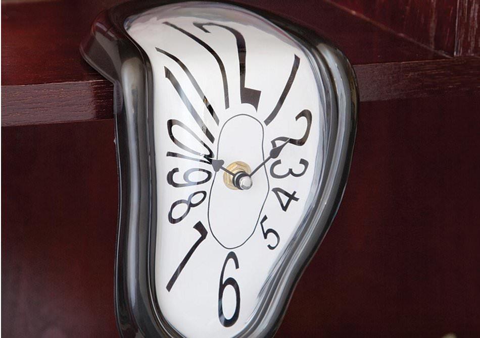ceas care curge