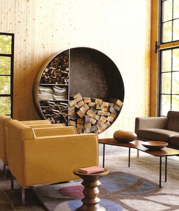 circular-metalic-piece-for-wood-storage