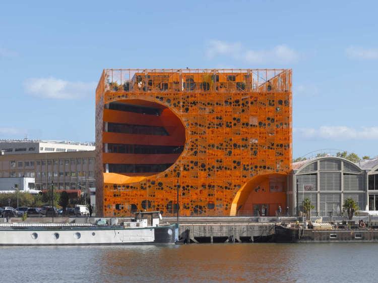 cubul portocaliu 13