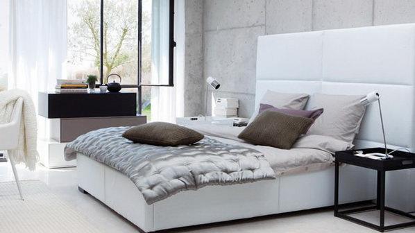 dormitor cu alb si negru