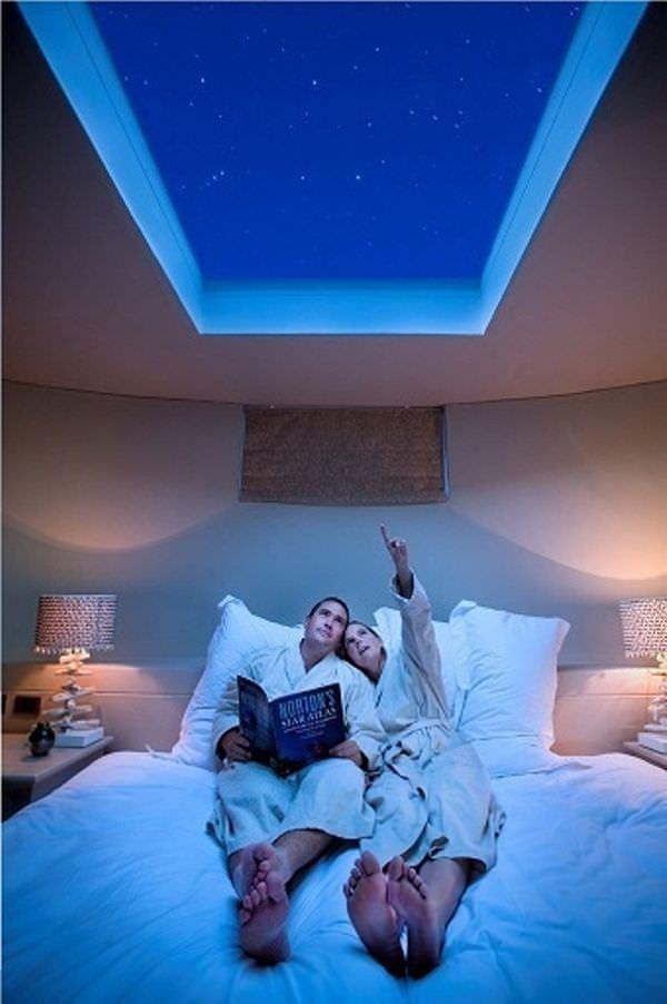 fancy-hotel-bedroom-skylight-view