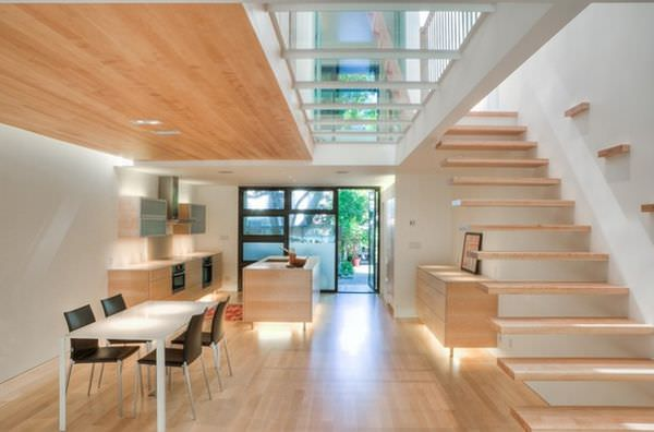 floating-stairs-glass-floor