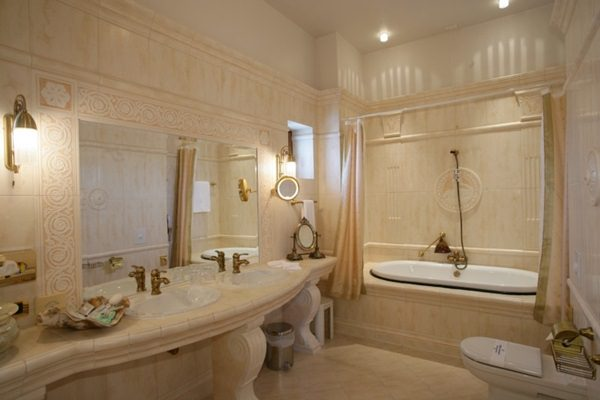hotel-carol-parc-bucuresti-bathroom