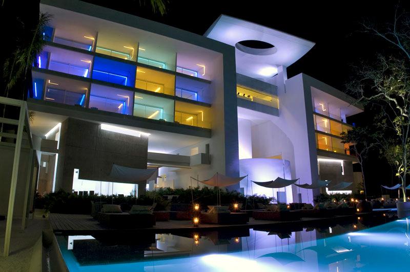hotel encanto 2