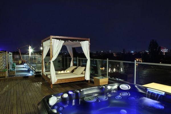jacuzzi-rooftop
