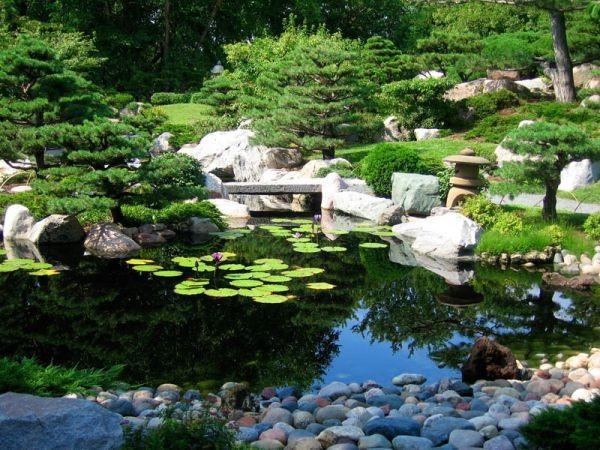 japanese-garden-at-como-park-conservatory1