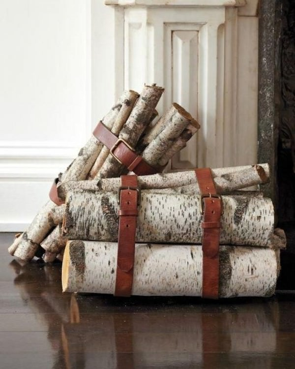 leather-belt-organzed-wood-logs