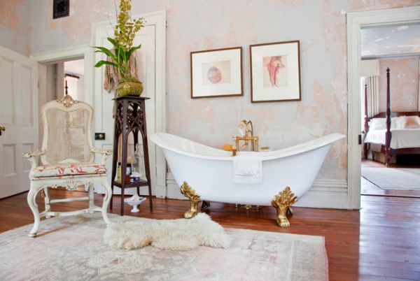 luxury-bathtub