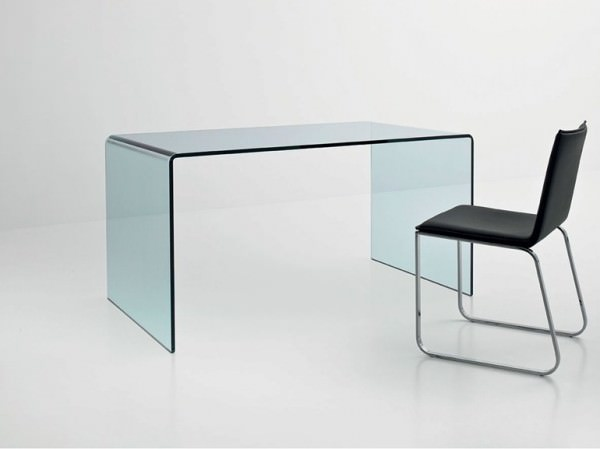 minimalist-glass-office
