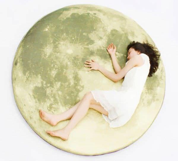 moon-floor-pillow