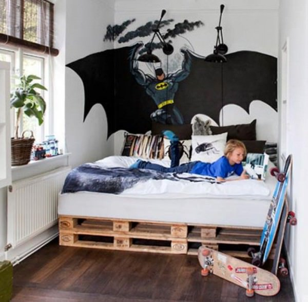 pallet-bed-kids-room-batman-wall