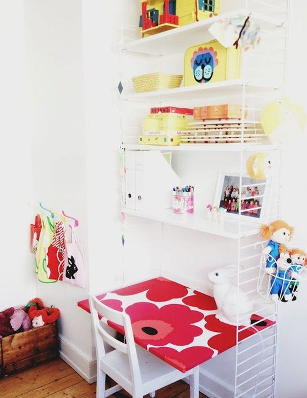 small-table-closer-to-wall-children-decor