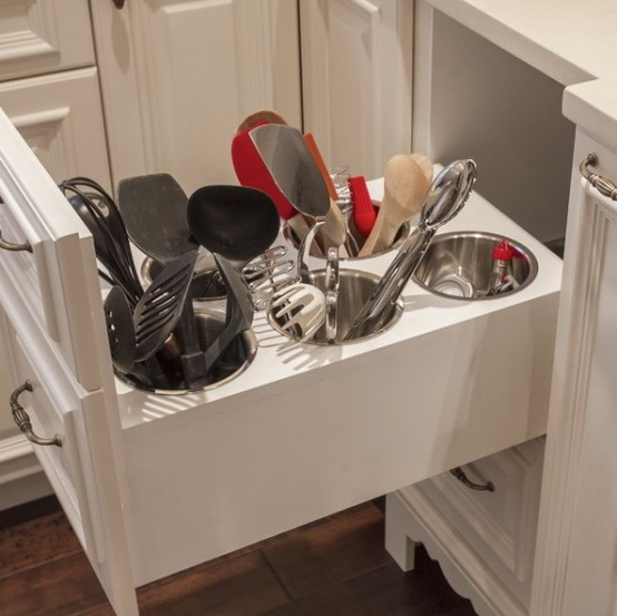 smart-concealed-kitchen-storage-space-13-554x553