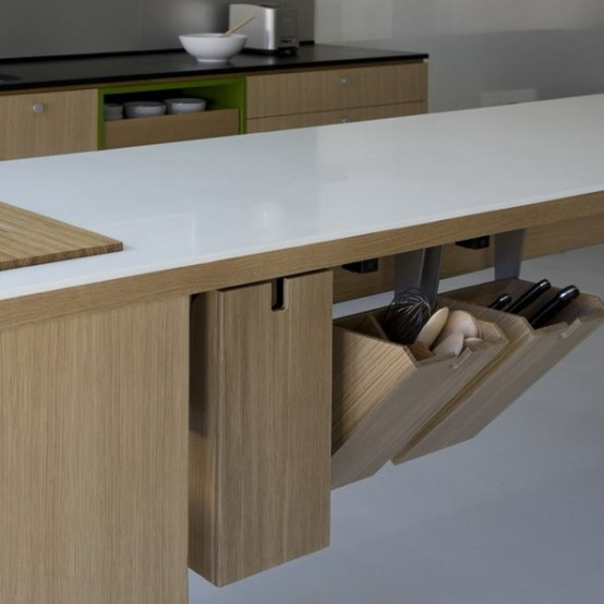 smart-concealed-kitchen-storage-space-29-554x554