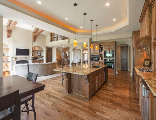 traditional-american-open-space-kitchen