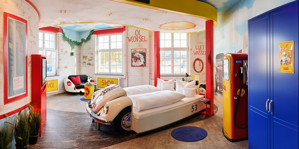 v8 hotel germania