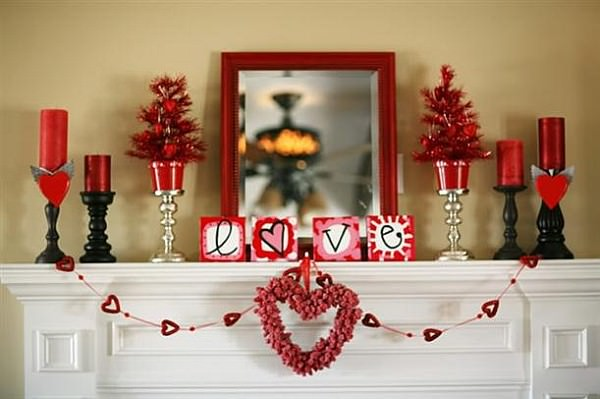valentines-day-DIY-ideas-for-mantel