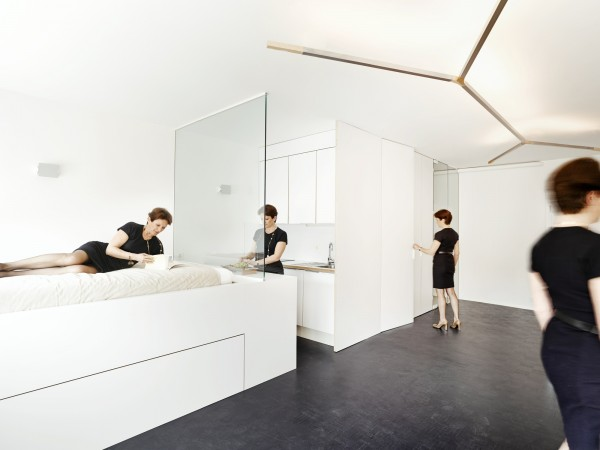 white-geneva-flat-freaks-freearchitects
