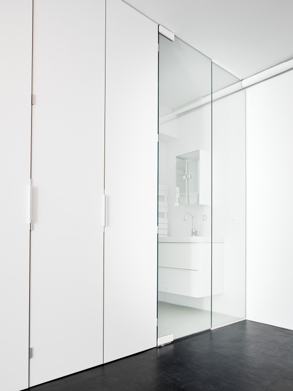 white-geneva-flat-freaks-freearchitects-wardrobe