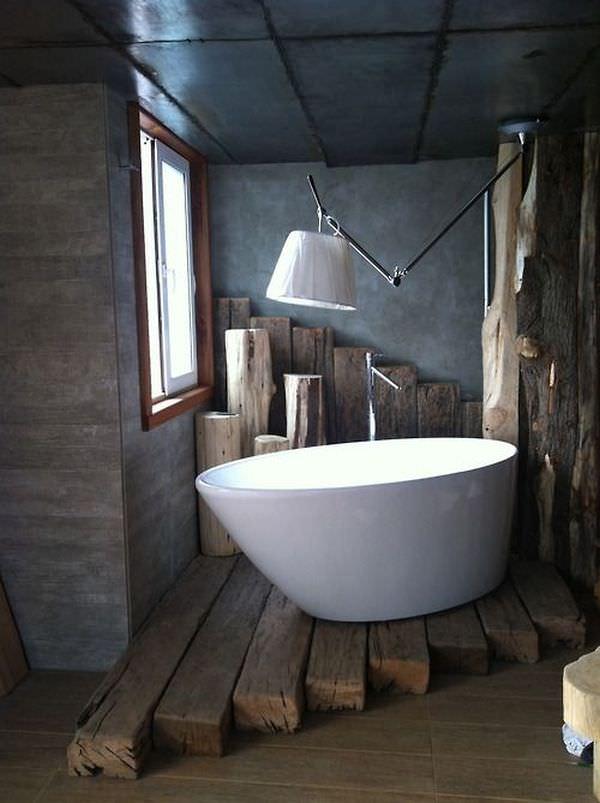 wood-beams-floor-under-bathtub-bathroom-rustic-design