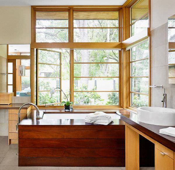 wooden-bathtub-closer-to-window