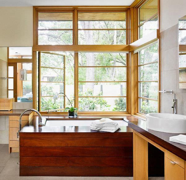 wooden-bathtub-closer-to-window